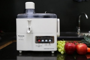 Máy xay ép đa năng Panasonic MJ-M176PWRA