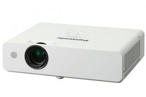 Máy chiếu phổ thông Panasonic PT-LB300